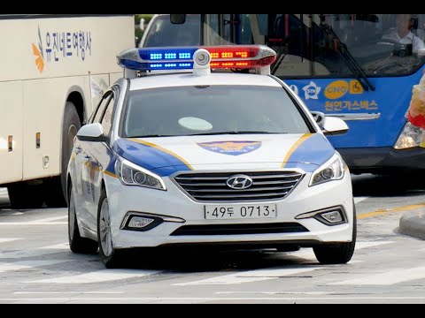 Seoul (South Korea) Police Car Responding With Lights