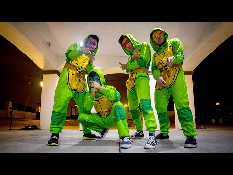Teenage Mutant Ninja Dancers