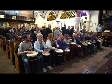 We Are Marching In The Light Of God : Drum Choir