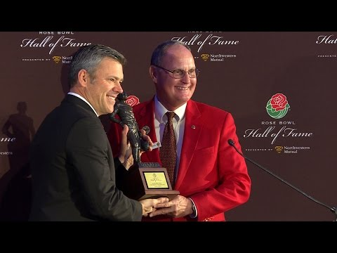 Mark Brunell, Jim Muldoon inducted to Rose Bowl Hall of Fame