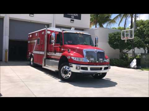 PALM BEACH COUNTY FIRE RESCUE PARAMEDICS RESCUE 91 RETURNING TO QUARTERS IN FLORIDA.