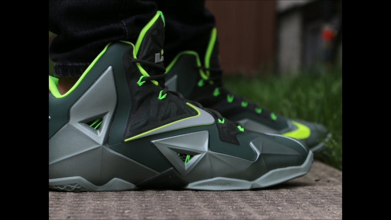sports shoes 0774c 0febf Nike LeBron 11 Dunkman - On Foot