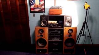 I WANT TO SELL MY VINTAGE STEREO EQUIPMENT