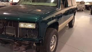 Davis AutoSports Suburban 2500 / Restored / For Sale