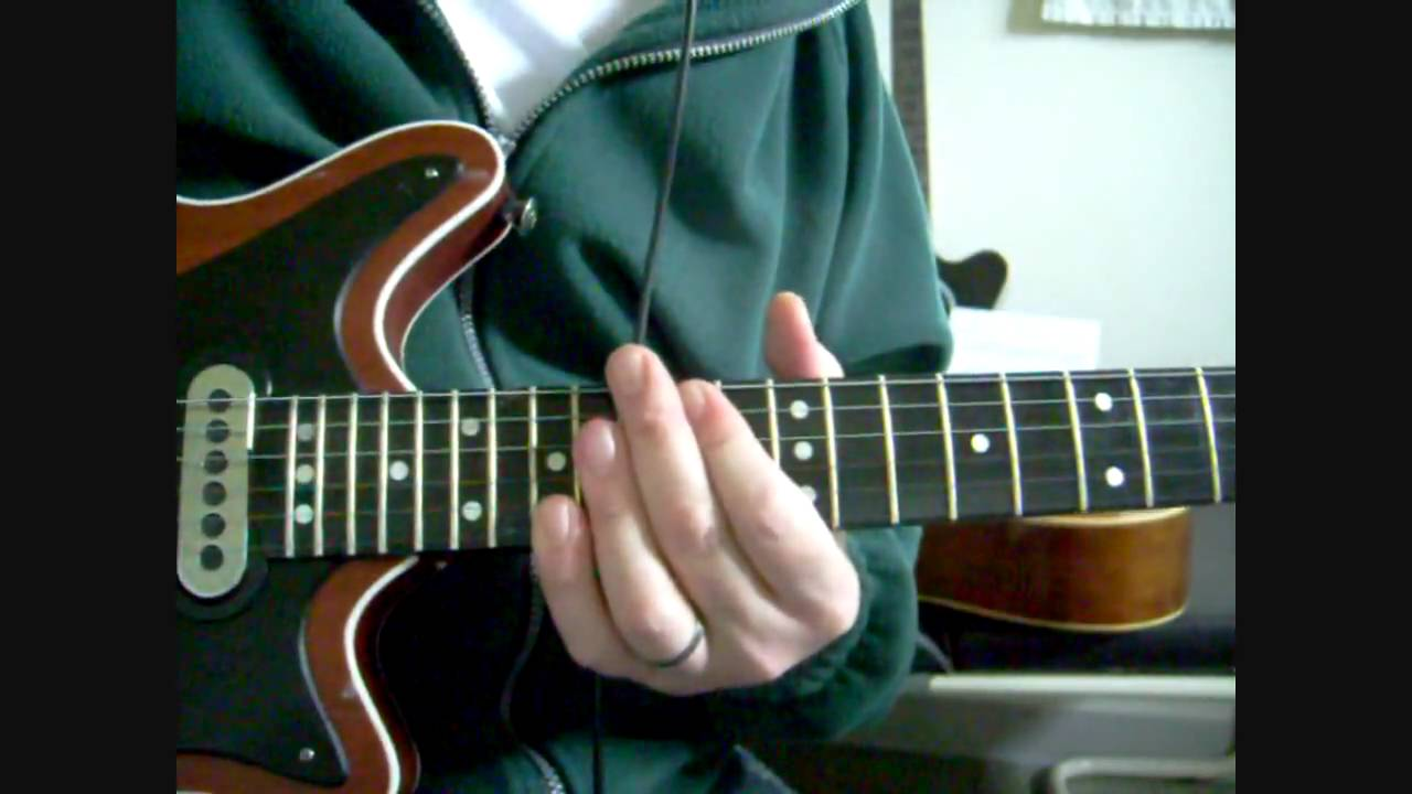 queen 39 brighton rock 39 guitar lesson tutorial part 2 youtube. Black Bedroom Furniture Sets. Home Design Ideas