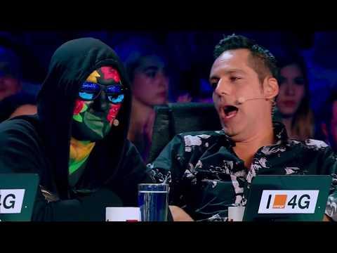 Dedicație pentru soție. Romulus Țîrdea cântă din suflet o compoziție proprie pe scena X Factor