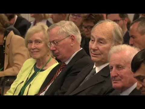 Aga Khan speaks at ICOMOS 50th anniversary conference