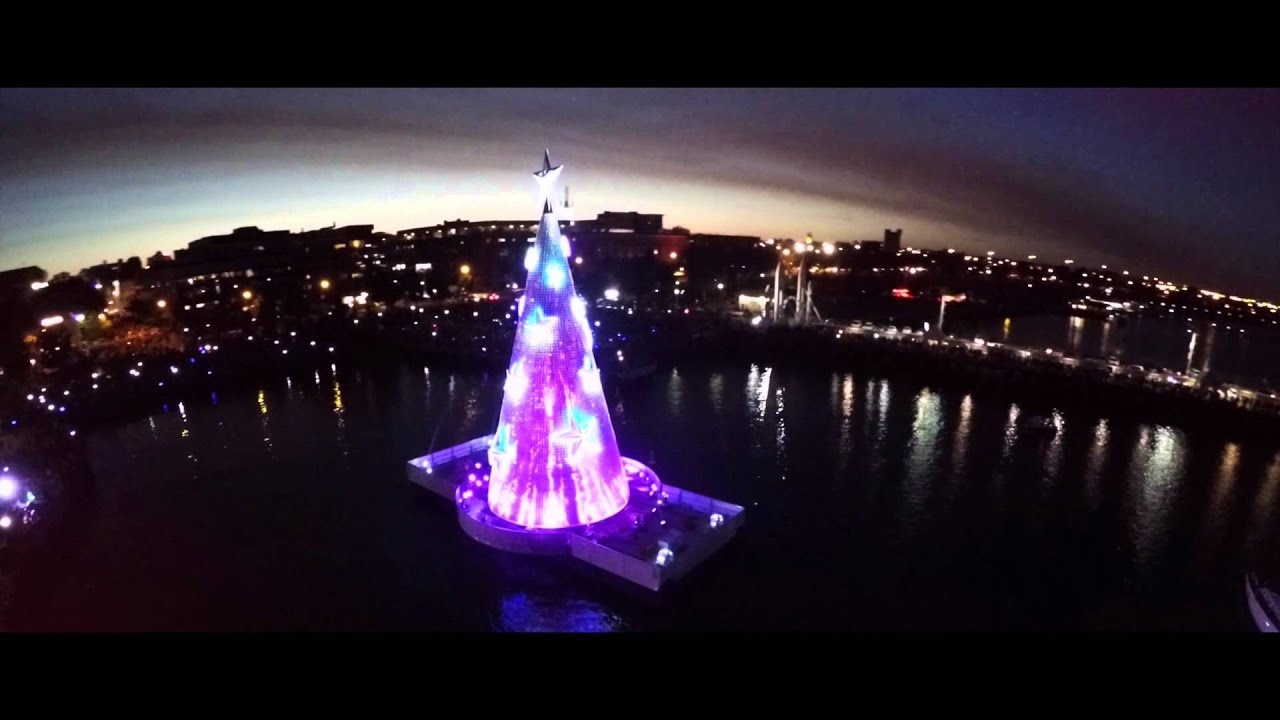 Floating Christmas Tree Lights Up Geelong - YouTube