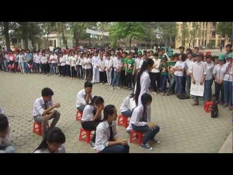 Nhạc kịch Nhất quỷ nhì ma thứ ba học trò 11B1 THPT Lê Văn Hưu