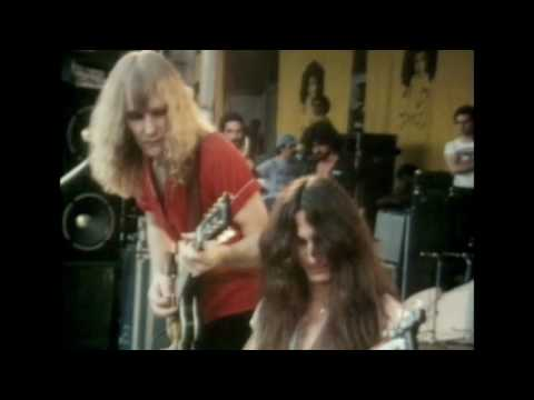 RUSH - Beyond The Lighted Stage - Official DVD & Blu-ray Trailer [HD]