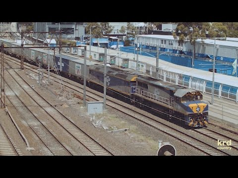 Australian Trains and Railways: Freight Trains of Melbourne