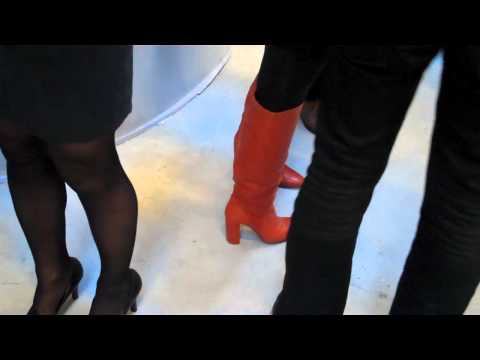 One-Minute Paris: Shoes To Die For At Chic Art Opening.mp4