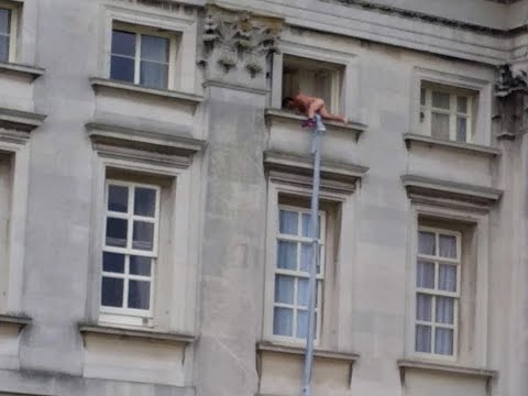 Man caught Climbing out of Buckingham Palace Window!