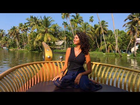KERALA BACKWATERS 🇮🇳 INCREDIBLE BOAT TOUR (INDIA TRAVEL)