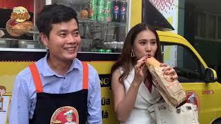 Hotgirl Hồ Bích Trâm mua bánh mì từ thiện của Khương Dừa mà không mang tiền!!!!