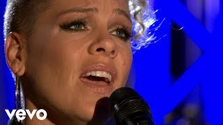 Baixar P!nk - Stay With Me (Sam Smith cover) in the Live Lounge