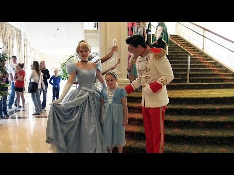 Princess Promenade - NEW daily Cinderella Royal Event at the Grand Floridian Resort - Disney World