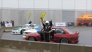 BMW E30 vs Nissan Skyline R33 Drift Show - Custom Wheels Vienna 2018