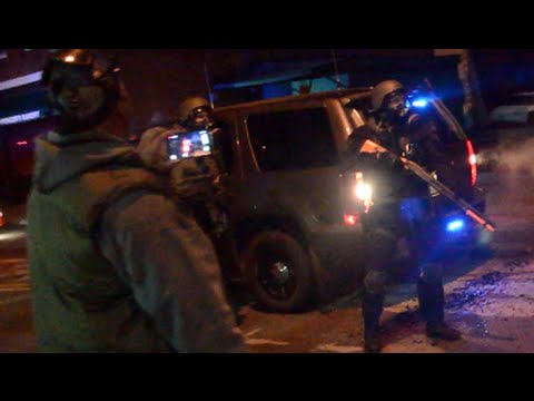Report: National Guard Faces Ferguson Protesters