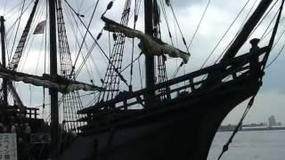 愛知万博ー音楽と舞踊の旅C3  スペイン ビクトリア号が名古屋港に