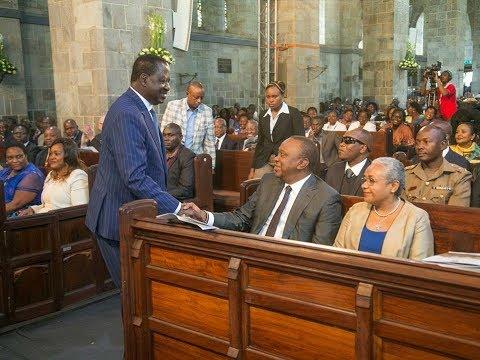 Uhuru Kenyatta na Raila Odinga wajumuika pamoja katika sherehe za Anglikana