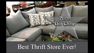 Video THRIFT WITH ME! OMG!! BEST PLACE TO THRIFT IN THE WORLD download MP3, 3GP, MP4, WEBM, AVI, FLV Juni 2018