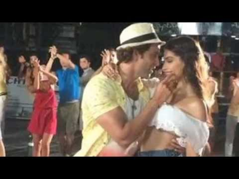 Hrithik & Sonam in YO YO Honey singh's new song