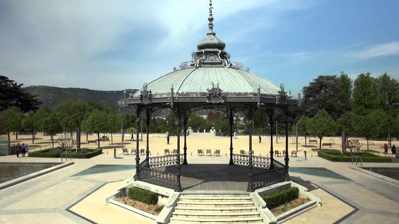 Valence vue du ciel le film vid o r alis e par la ville for Piscine valence