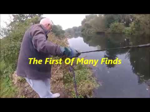 Non stop metal finds out of the river, searching river lea finds magnet fishing
