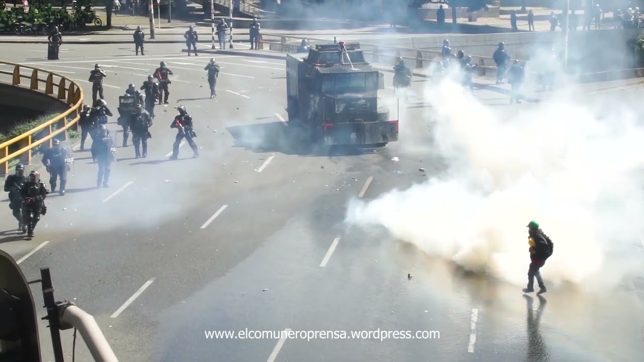 COLOMBIA - Video from mass demonstrations