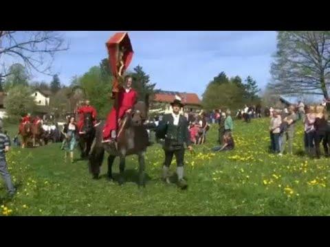شاهد: ألمان يحيون عيد الفصح بتقليد يعود تاريخه للقرن التاسع عشر…  - نشر قبل 12 دقيقة