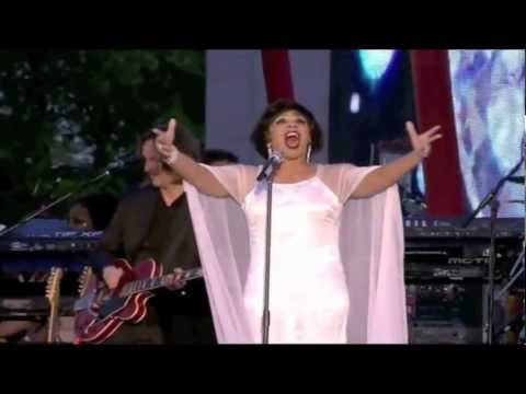 Diamonds Are Forever: Dame Shirley Bassey. The Queen's Diamond Jubilee Concert, London [HD]