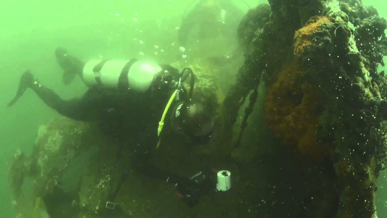 USS Utah and USS Arizona Memorials Underwater - YouTube