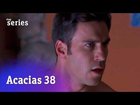 Acacias 38: Lucía despierta desnuda junto al cura #Acacias868 | RTVE Series