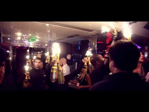 Alexandre Billard feat Sandy - Look Inside