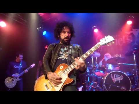 Phil Lewis / Tracii Guns / L.A. Guns Reunion w/ Sin City Sinners - Show No Mercy