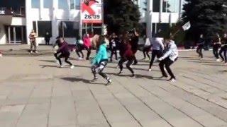 Танцующая Россия Центральная площадь Ижевск 1 мая 2016
