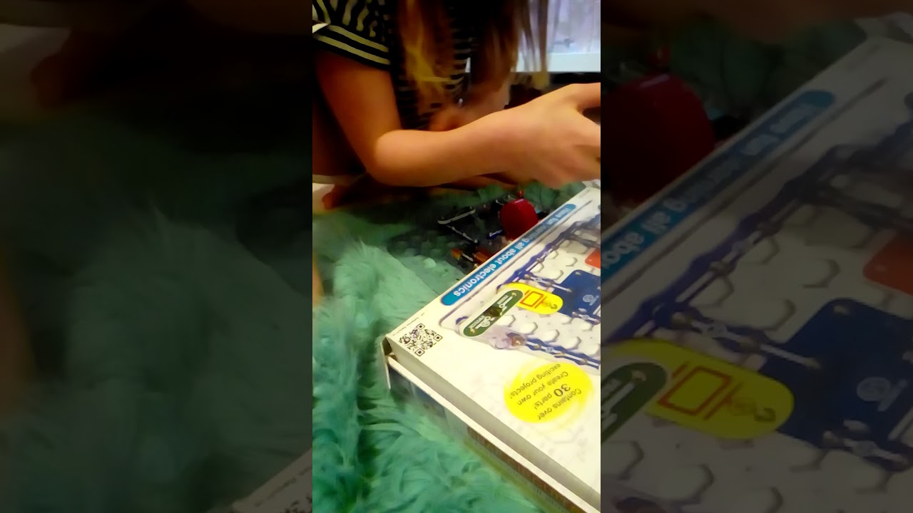 Me And My Friend Snap Circuits Jr Cool Thing Youtube