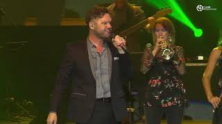 David Phelps - End of the Beginning [Live en Santo Domingo] - C4B Productions