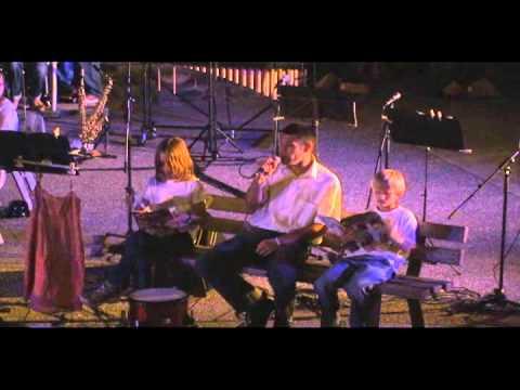 Y'A UNE FILLE QU'HABITE CHEZ MOI - BENABAR -STAGE MUSIQUE 2011-SMM 2011