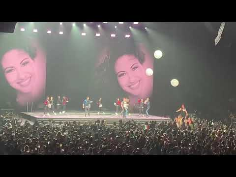 Chino - NEW KIDS ON THE BLOCK HONOR THE QUEEN SELENA [VIDEO]