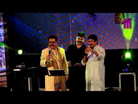 Mohe Apne Hi Rang Mein Rang De  LIVE Performance by Hariharan