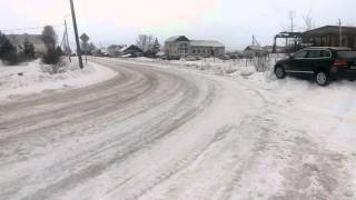 Дороги в Белозерске. Таурег в обочине.