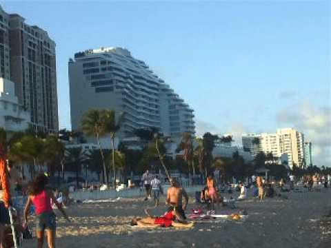 Playa Fort Lauderdale Las Olas 3- Travel Family Tour