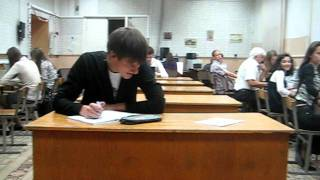Упал в обморок на уроке(ЧП., 2011-10-24T12:25:25.000Z)