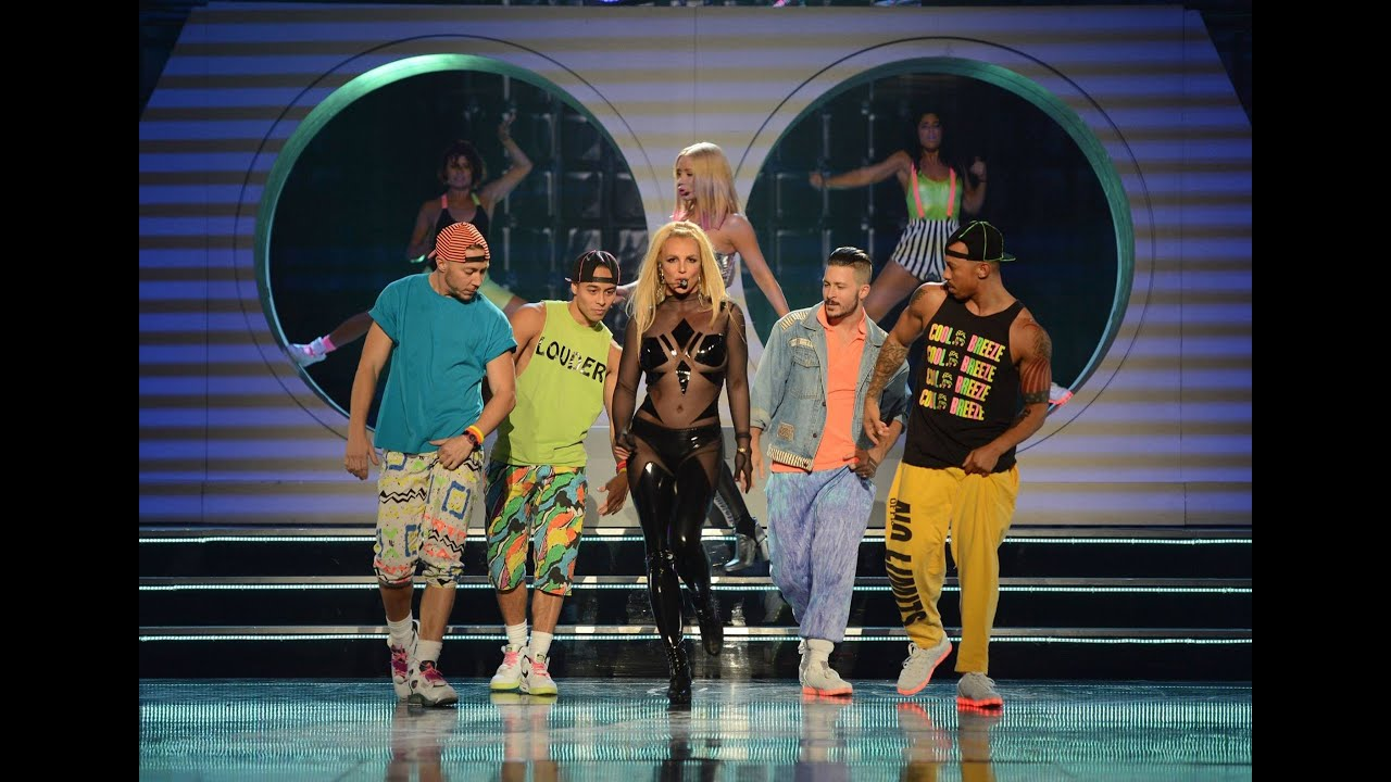 britney spears pretty girls billboard music awards 2015. Black Bedroom Furniture Sets. Home Design Ideas