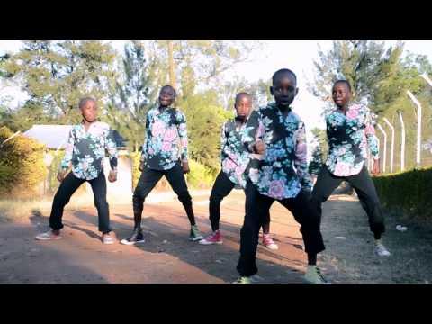 Dance Patner Crew dancing Free Style by Eddy Kenzo thumbnail