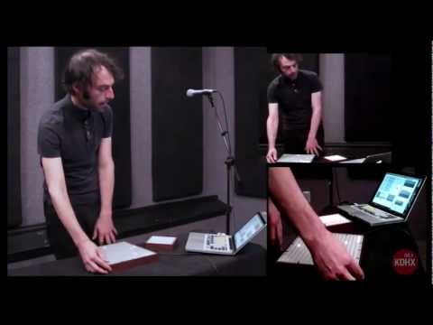 """Daedelus """"KDHX Mix"""" Live at KDHX 3/18/13"""