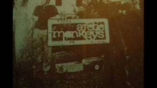 Arctic Monkeys - Mardy Bum (Beneath the Boardwalk version)