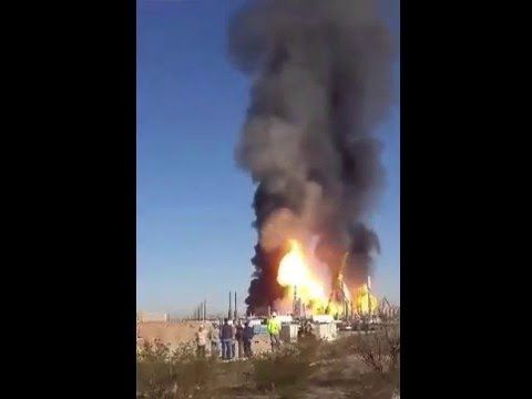 Texas Gas Plant Explosion  Anadarko gas refinery near Orla FIRE fight large explotion